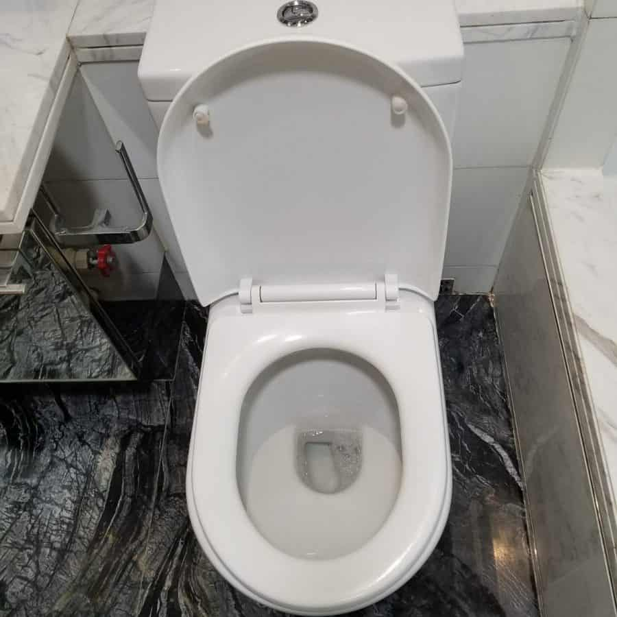 浴室清潔後